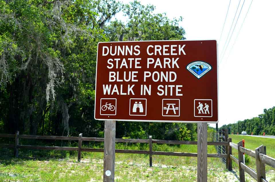 Entrance to Dunns Park Near Satsuma, Florida