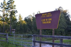 Bear-n-Oak Trailhead at Indian Lake State Park