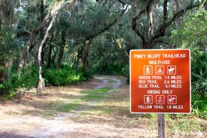 Piney Bluff Trailhead at Dunns Creek State Park